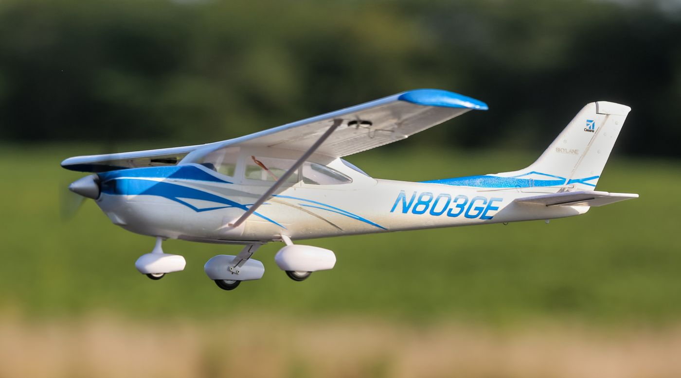 Image for UMX Cessna 182 BNF Basic with AS3X from HorizonHobby