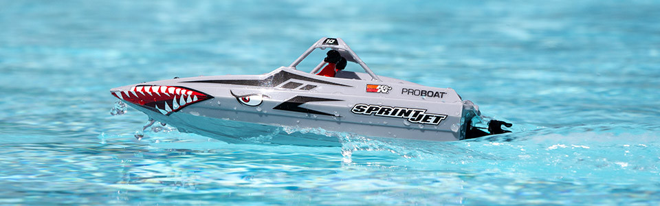 Sprintjet 9-inch Self-Righting Jet Boat