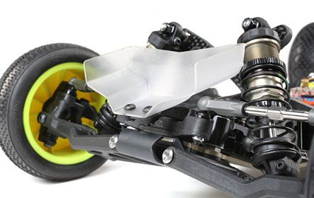 TLR Low Front Wing Included