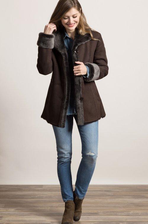 6f7b0bee723 Jesslyn Brown Briesa Shearling Sheepskin Coat