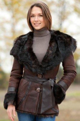 Shasta Hooded Shearling Sheepskin Jacket with Toscana Trim