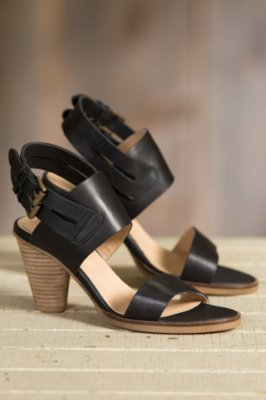 Women's J Shoes Karen Black Leather Sandals