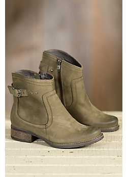 Women's Overland Sally Fleece-Lined Leather Boots