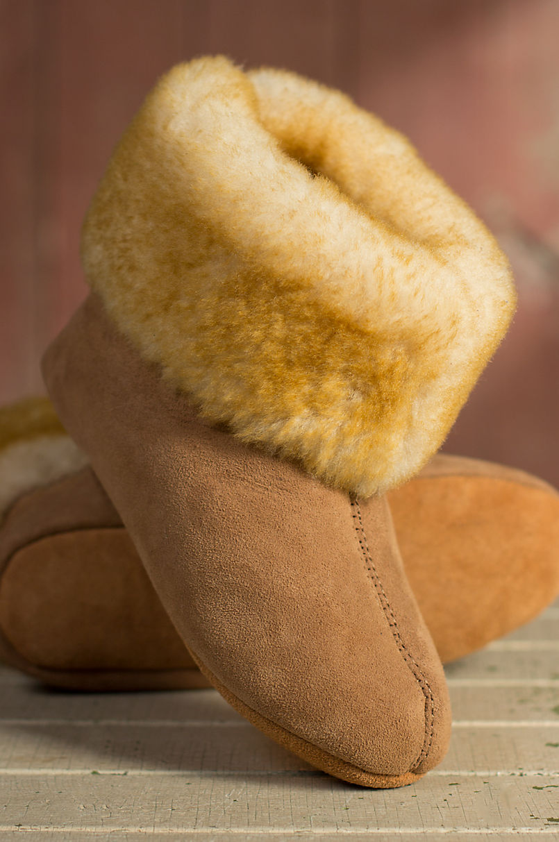 b8fa0303093f7 Women's Overland High-Top Sheepskin Slippers