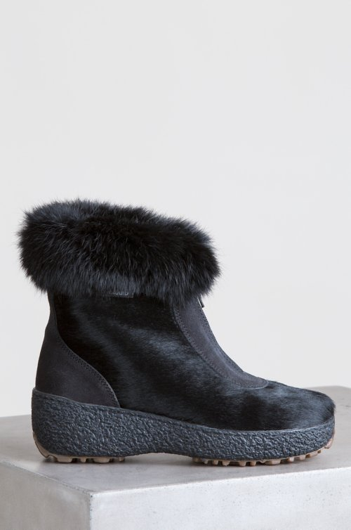 Women's Rose Wool-Lined Rabbit Fur and Calfskin Boots