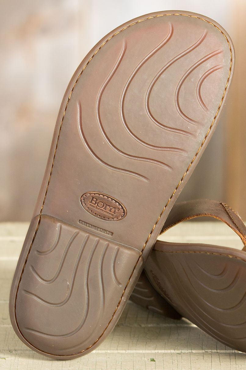 8a2cfe914631 Details. Nothing inaugurates summer like the Zain leather sandals.