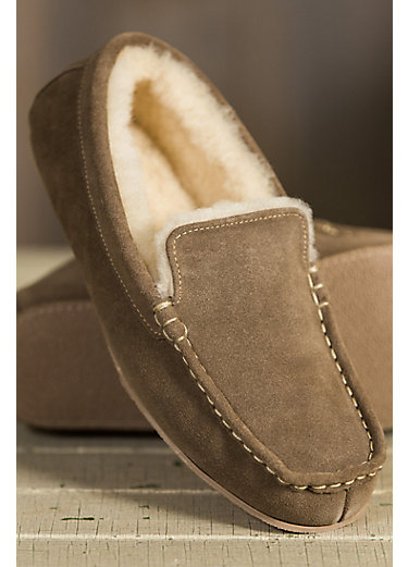 Men's Overland Grayson Sheepskin-Lined Suede Moccasin Slippers
