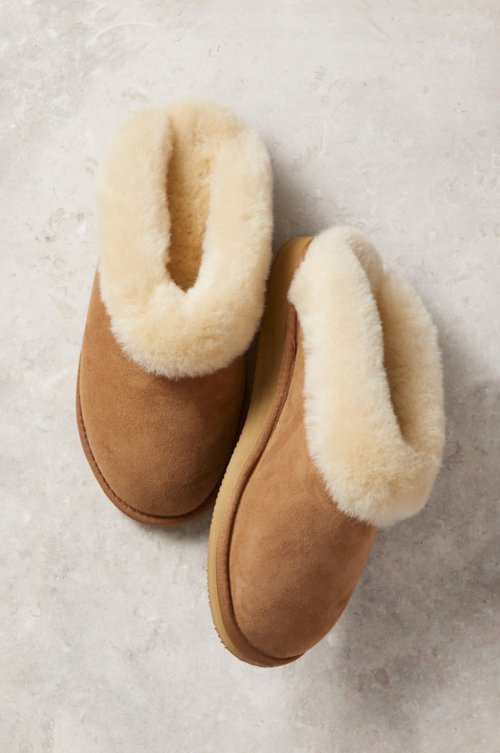 e9efd6d42db74c Women's Alyssa Australian Merino Sheepskin Scuff Slippers with Arch Support