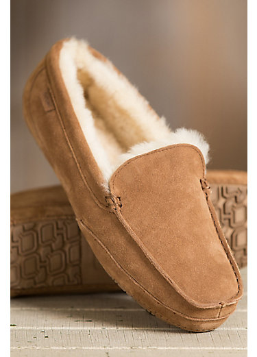 Men's Overland Austin Shearling-Lined Suede Slippers
