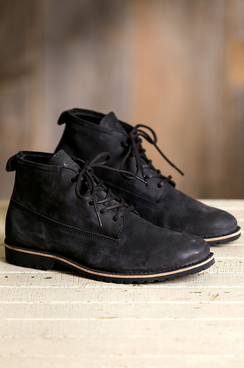 7ef3941f3a1 Men s Blackstone KM11 Shearling-Lined Suede Boots