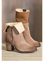 Women's Bos & Co Beverly (Overland Edition) Waterproof Suede Boots with Shearling Collar