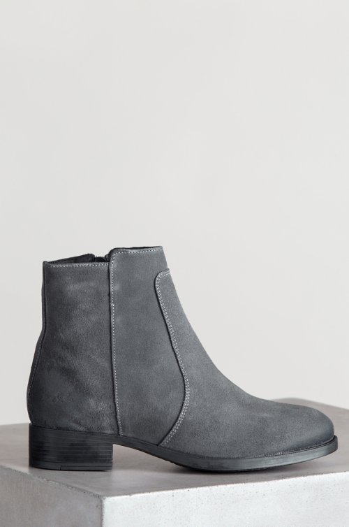 Women's Bos & Co Bun Waterproof Suede Ankle Boots