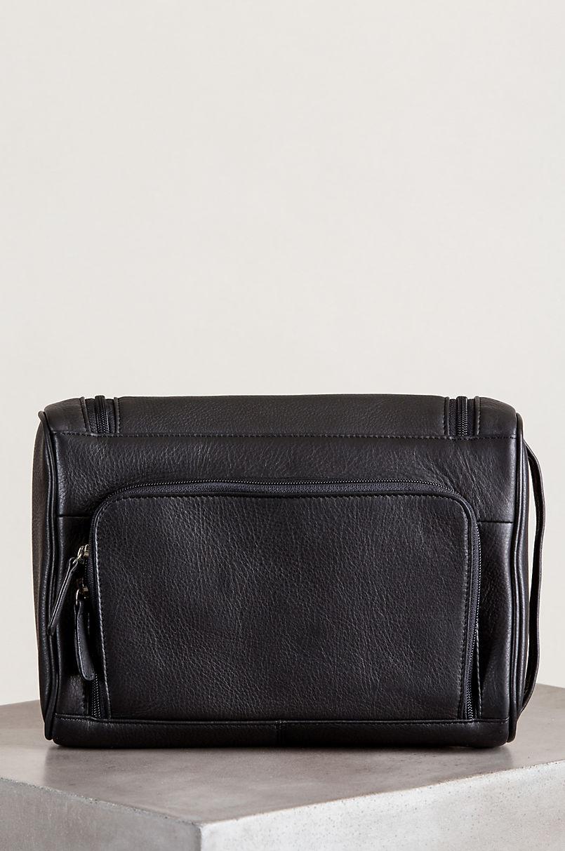 Hanging Argentine Leather Travel Kit