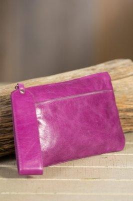 Hobo Carley Leather Wristlet Wallet