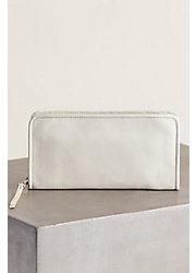 Hobo Remi Vintage Leather Clutch Wallet