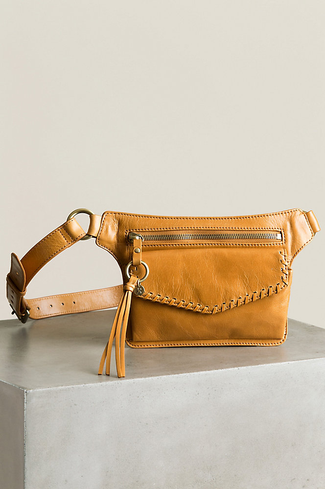 Hobo Brae Vintage Leather Hip Belt Bag