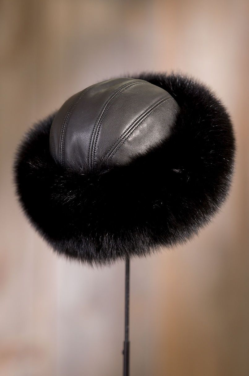 511eb87d Canadian Fox Fur Cossack Hat with Lambskin Leather Crown | Overland