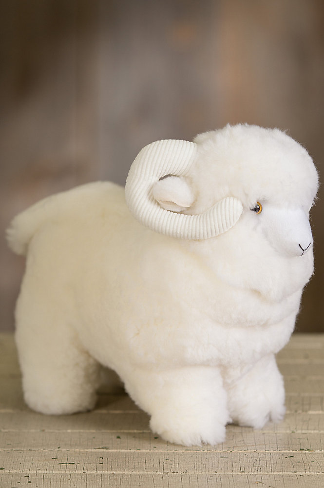 Medium Sheepskin Sheep