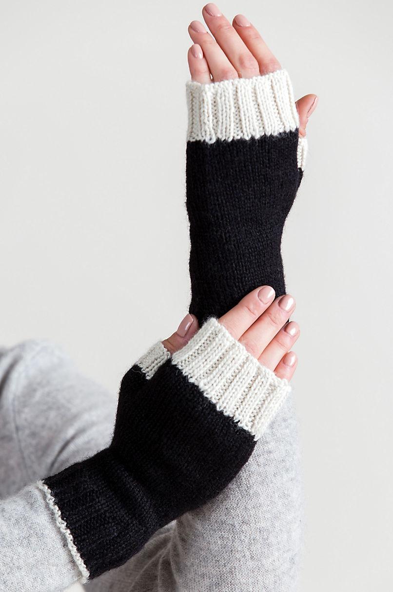 Women's Two-Tone Knitted Alpaca Wool Fingerless Gloves