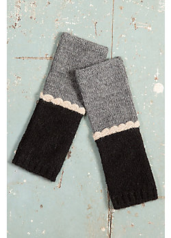 Women's Vivienne Handmade Peruvian Alpaca Wool Fingerless Gloves