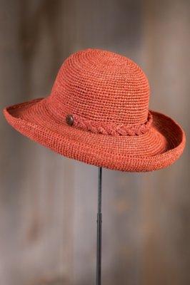 Crocheted Braid Raffia Kettle Brim Hat