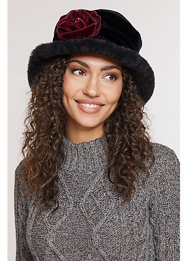 Fancy Flower Shearling Sheepskin Cloche Hat