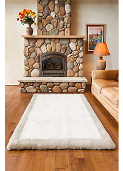 Overland 4' x 6' Bordered Short Wool Premium Australian Sheepskin Rug