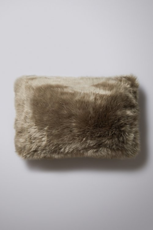 "24"" x 16"" Single-Sided Australian Sheepskin Pillow"