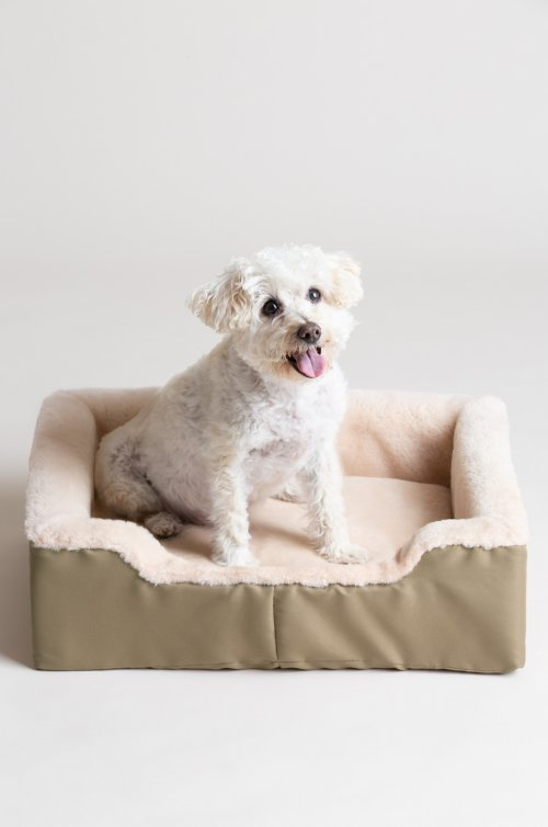 "Overland 15"" x 21"" Medium Sheepskin Pet Bed"
