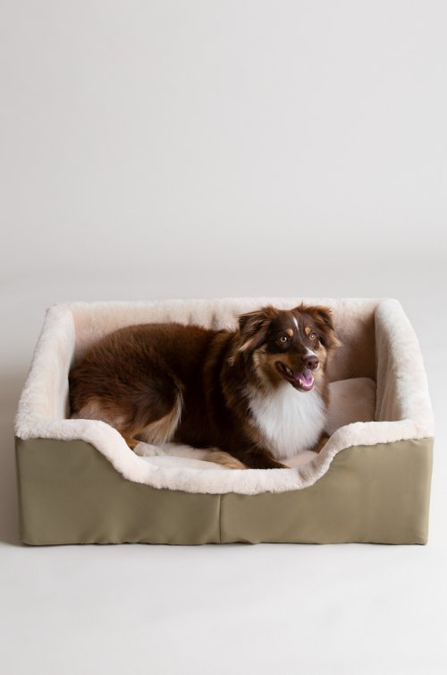 "Overland 23.5"" x 35.5"" Large Sheepskin Pet Bed"