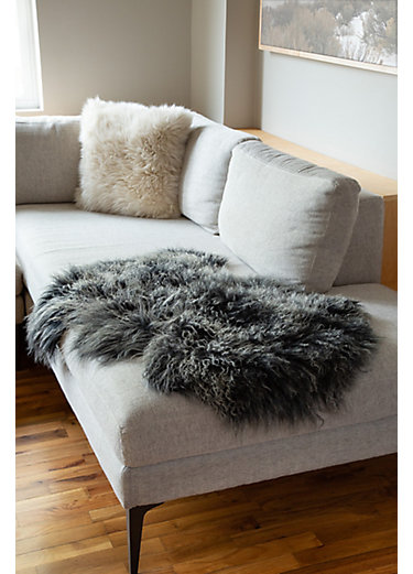 Overland Single Pelt Tibetan Lamb Fur Rug