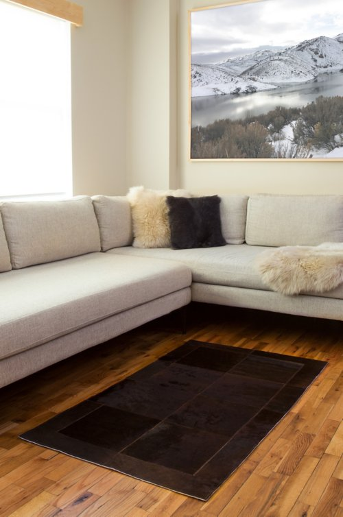 Overland 2.6' x 4.6' Tonal Argentine Cowhide Rug