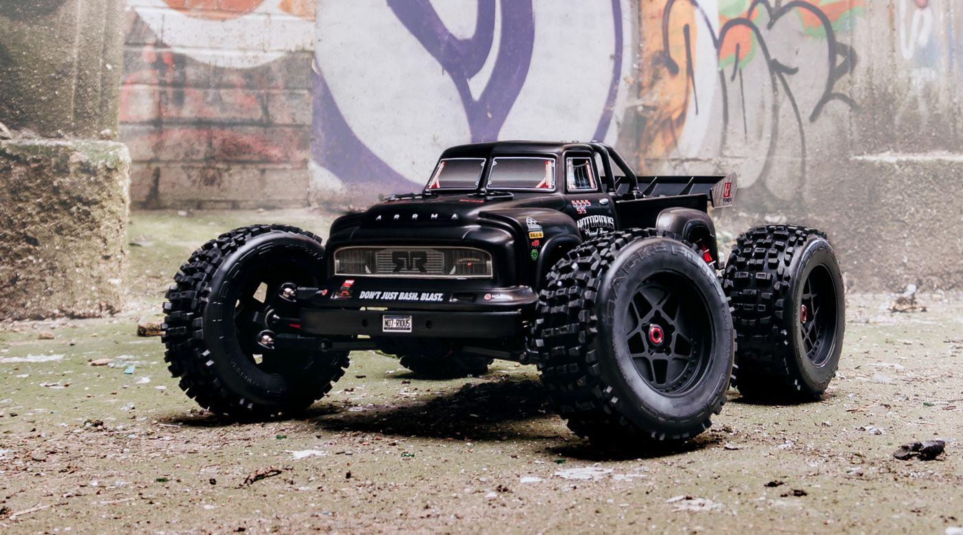 Grafik für 1/8 NOTORIOUS 4WD BLX Stunt Truck 6S RTR, Schwarz in Tower Hobbies EU