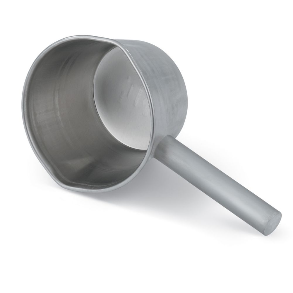 Vollrath® 5330 Wear-Ever® 30 Ounce Aluminum Dipper