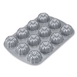 Chicago Metallic 50624 Nordic Ware Bundt-lette Pan