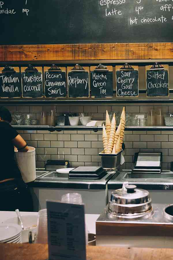 4 Space Saving Tips for Small Restaurant Kitchens